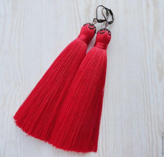"""Серьги ручной работы. Ярмарка Мастеров - ручная работа. Купить Серьги кисточки """"Ярко-Красные"""". Handmade. Ярко-красный, красный"""