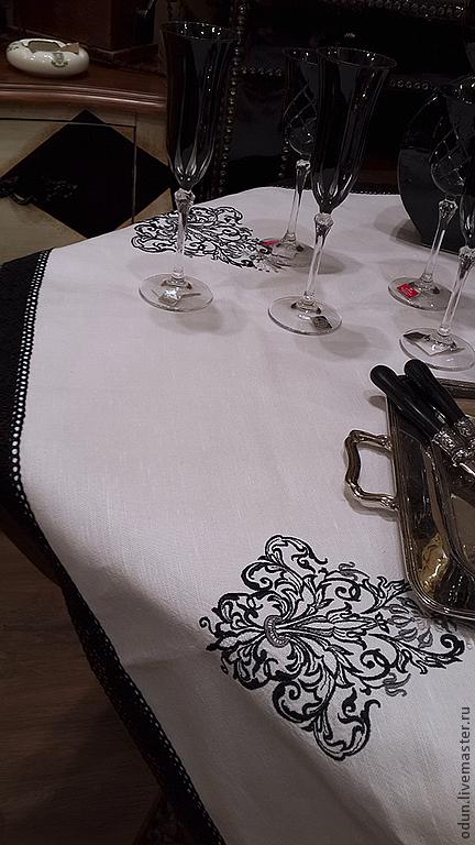 """Текстиль, ковры ручной работы. Ярмарка Мастеров - ручная работа. Купить Скатерть """" Черно-белая"""". Handmade. Белый, вышивка"""