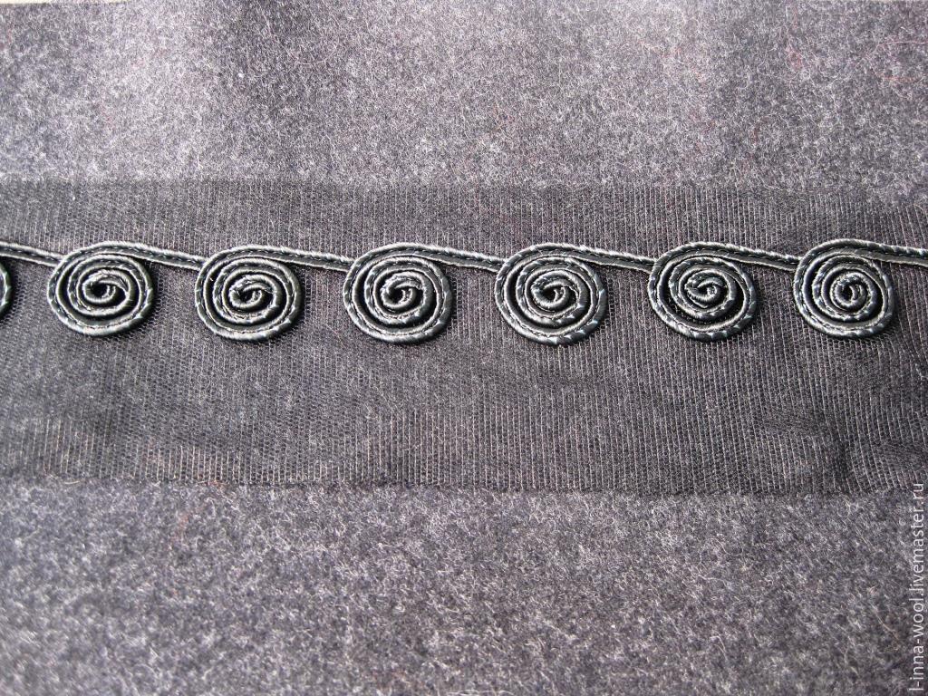 Вышивка на сетке узор