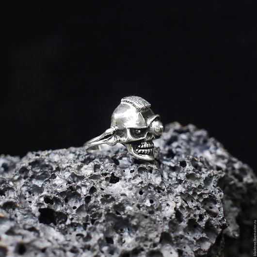 """Кольца ручной работы. Ярмарка Мастеров - ручная работа. Купить Мужское кольцо из серебра с черепом """"Т-800"""". Готика, байкер, рокер.. Handmade."""