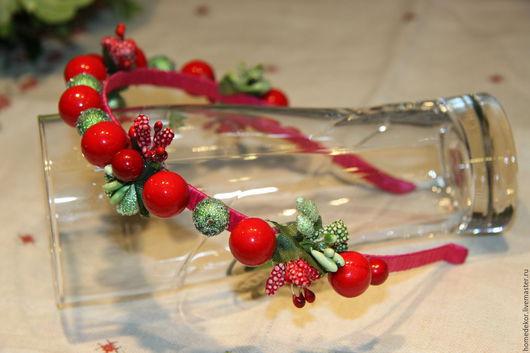 Диадемы, обручи ручной работы. Ярмарка Мастеров - ручная работа. Купить Ободок для волос с ягодами. Handmade. Ярко-красный, осень
