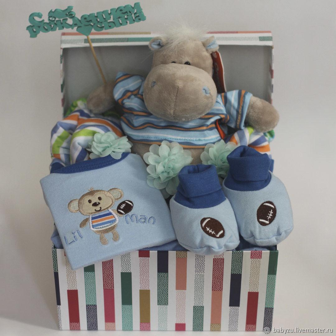 Подарок новорожденному (букет из детской одежды / бэби-букет), Подарочная упаковка, Москва,  Фото №1
