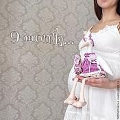 Куклы и игрушки ручной работы. Ярмарка Мастеров - ручная работа Интерьерная игрушка для декора детской. Аист с малышом.. Handmade.