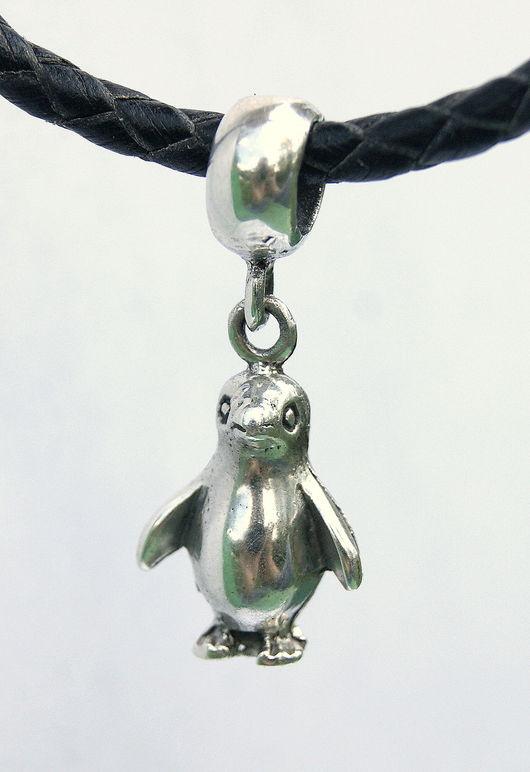 Для украшений ручной работы. Ярмарка Мастеров - ручная работа. Купить Шарм подвеска бусина пингвин для браслета серебро 925 пробы. Handmade.