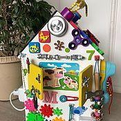 Бизиборды ручной работы. Ярмарка Мастеров - ручная работа Бизиборд Веселый дом для детей от 8 месяцев.. Handmade.