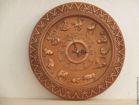 """Часы для дома ручной работы. Ярмарка Мастеров - ручная работа. Купить """"Восточный гороскоп"""".Часы для дома настенные.. Handmade. Подарок"""