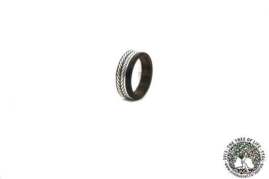 Кольца ручной работы. Ярмарка Мастеров - ручная работа. Купить Деревянное кольцо с серебром. Handmade. Подарок девушке, интересное кольцо
