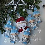 Мягкие игрушки ручной работы. Ярмарка Мастеров - ручная работа Дед Мороз и Снегурки Гирлянда на елку Куклы маленькие. Handmade.