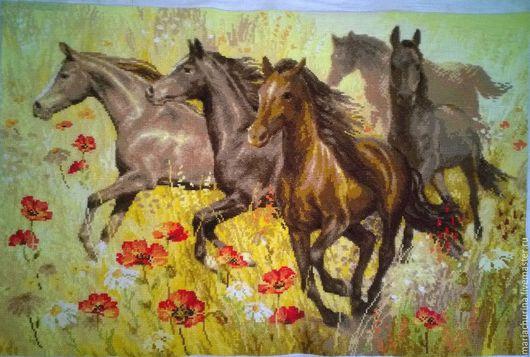 Животные ручной работы. Ярмарка Мастеров - ручная работа. Купить Табун лошадей. Handmade. Вышивка крестом, лошади, маковое поле