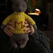 Мягкие игрушки ручной работы. Ярмарка Мастеров - ручная работа Мишка в именном свитере. Handmade.