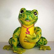 Куклы и игрушки handmade. Livemaster - original item The frog and Bug on Daisy Macho. Handmade.