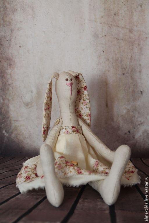 Куклы Тильды ручной работы. Ярмарка Мастеров - ручная работа. Купить Зайка тильда. Handmade. Бежевый, подарок на день рождения