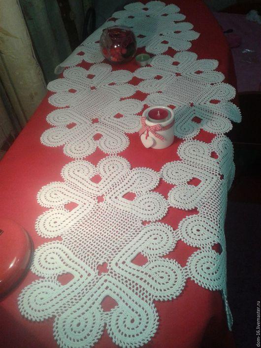 """Текстиль, ковры ручной работы. Ярмарка Мастеров - ручная работа. Купить Дорожка на стол """"Сердечки"""". Handmade. Белый, салфетка крючком"""
