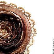 """Украшения ручной работы. Ярмарка Мастеров - ручная работа Брошь цветок роза из ткани  """"Тирамису"""". Handmade."""