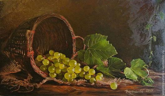 """Натюрморт ручной работы. Ярмарка Мастеров - ручная работа. Купить """"Виноград"""". Handmade. Коричневый, виноградная гроздь, корзина плетеная, холст"""