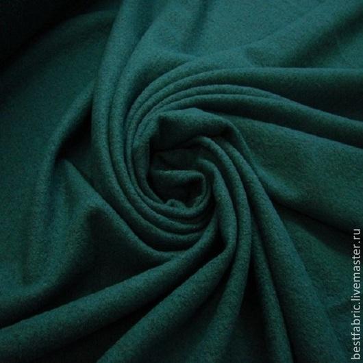 лоден - трикотажное валяное полотно `букле` пр-во Италия шерсть 65% + виск. 35% шир. 140 см цена 10 р цвет зеленой сосны легкий , теплый , мягкий , пластичный цвета в ассортименте для дакетов, кардиганов, легких пальто