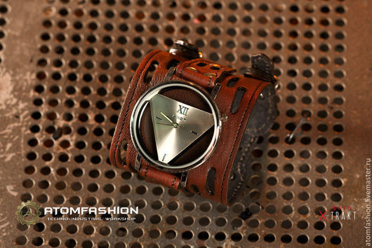 """Часы ручной работы. Ярмарка Мастеров - ручная работа. Купить Часы женские """"Треангос"""" коричневые. Handmade. Часы"""