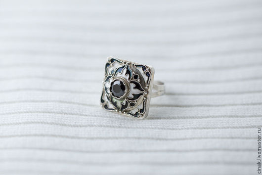 Кольца ручной работы. Ярмарка Мастеров - ручная работа. Купить Серебряное кольцо с эмалью - Контраст. Handmade. Чёрно-белый