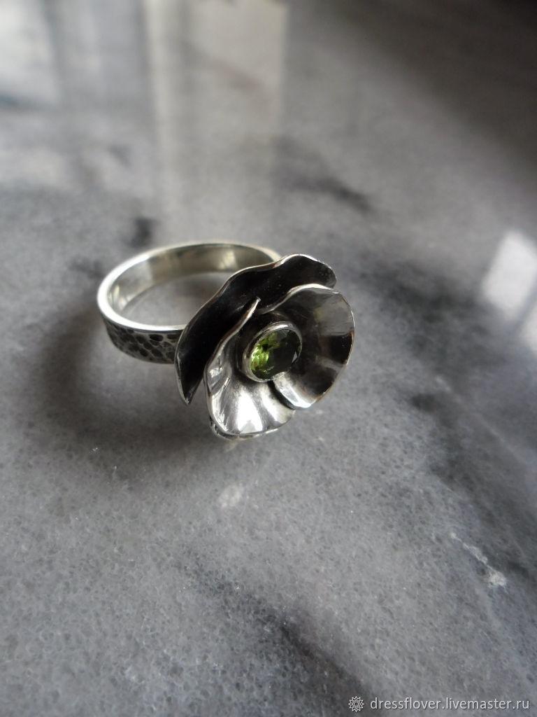 Кольцо серебряное Мак с хризолитом, Кольца, Тольятти,  Фото №1