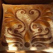 """Для дома и интерьера ручной работы. Ярмарка Мастеров - ручная работа Подушка """"золотой цветок"""". Handmade."""