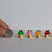 Мини фигурки и статуэтки ручной работы. Ярмарка Мастеров - ручная работа Игрушка Дом-Гриб (4 цвета). Handmade.