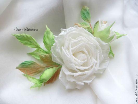 """Броши ручной работы. Ярмарка Мастеров - ручная работа. Купить Брошь-заколка """"Love is.."""" Цветы из шелка.. Handmade."""