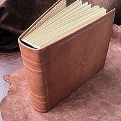 Фотоальбомы ручной работы. Ярмарка Мастеров - ручная работа Большой кожаный фамильный фотоальбом  30х35 см. Handmade.