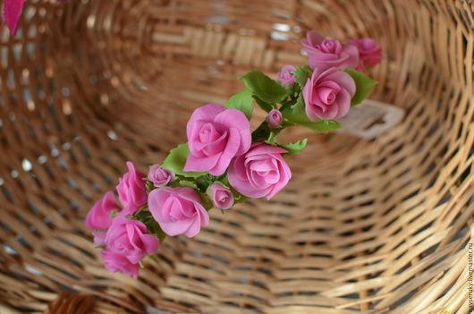 Диадемы, обручи ручной работы. Ярмарка Мастеров - ручная работа. Купить Ободок на голову Кустовые розы из холодного фарфора. Handmade.
