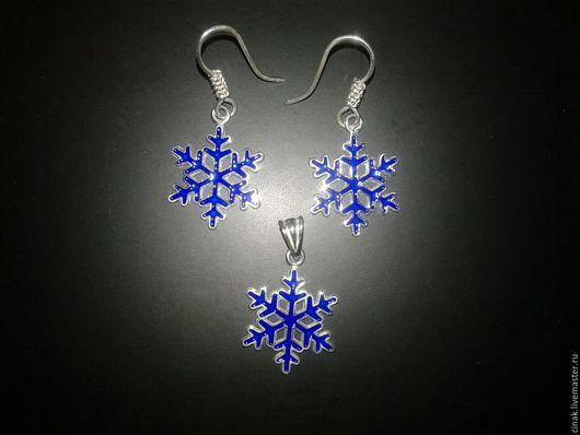 Комплекты украшений ручной работы. Ярмарка Мастеров - ручная работа. Купить комплект из серебра с эмалью  - снежок. Handmade. Синий