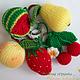 """Брелоки ручной работы. Ярмарка Мастеров - ручная работа. Купить """"Фрукты-ягоды"""" набор вязаных брелоков. Handmade. Брелок"""