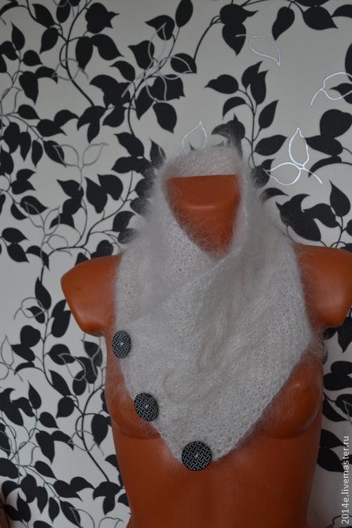 Шарфы и шарфики ручной работы. Ярмарка Мастеров - ручная работа. Купить Шарф пуховый на пуговицах. Handmade. Белый, пуховый