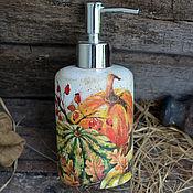 """Для дома и интерьера ручной работы. Ярмарка Мастеров - ручная работа Дозатор для жидкого мыла """"Тыквы"""", в стиле кантри,для кухни. Handmade."""