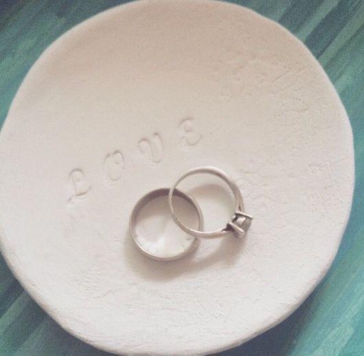 Подарки для влюбленных ручной работы. Ярмарка Мастеров - ручная работа. Купить Свадебные тарелочки под кольца. Handmade. Тарелка декоративная