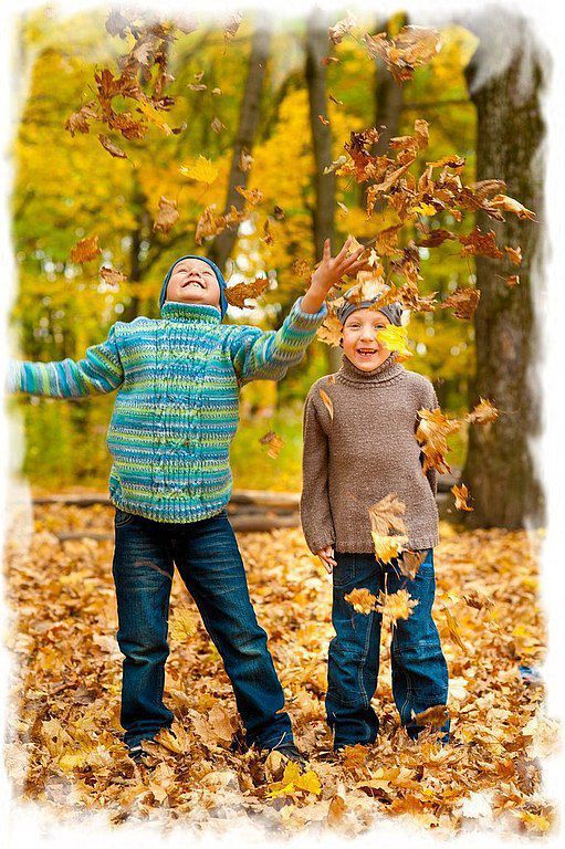 Одежда для мальчиков, ручной работы. Ярмарка Мастеров - ручная работа. Купить Вязаный свитер с носочками. Handmade. Абстрактный, свитер спицами
