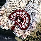 Фен-шуй и эзотерика ручной работы. Ярмарка Мастеров - ручная работа брошь к свадебному платью (жемчужный бордо зеркало оберег от сглаза). Handmade.