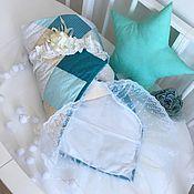 Работы для детей, ручной работы. Ярмарка Мастеров - ручная работа Комплект для выписки из роддома. Лоскутное одеяло для новорожденного. Handmade.