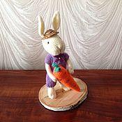 Мягкие игрушки ручной работы. Ярмарка Мастеров - ручная работа Заяц с морквкой. Handmade.