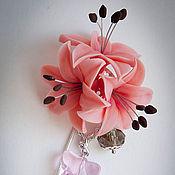 Украшения ручной работы. Ярмарка Мастеров - ручная работа брошь-игла Лилии розовые. Handmade.