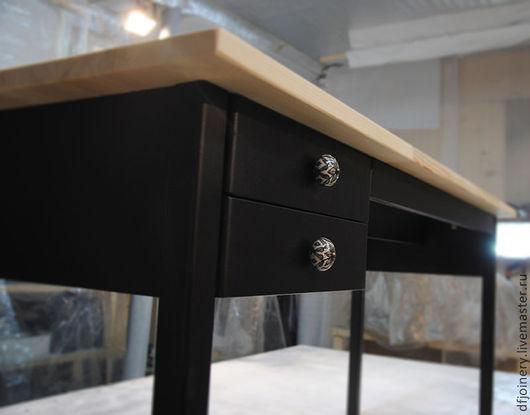 Мебель ручной работы. Ярмарка Мастеров - ручная работа. Купить Письменный стол. Handmade. Черный, натуральное дерево, ручки