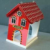 """Для дома и интерьера ручной работы. Ярмарка Мастеров - ручная работа Кормушка для птиц """"EUROPE"""" красная. Handmade."""