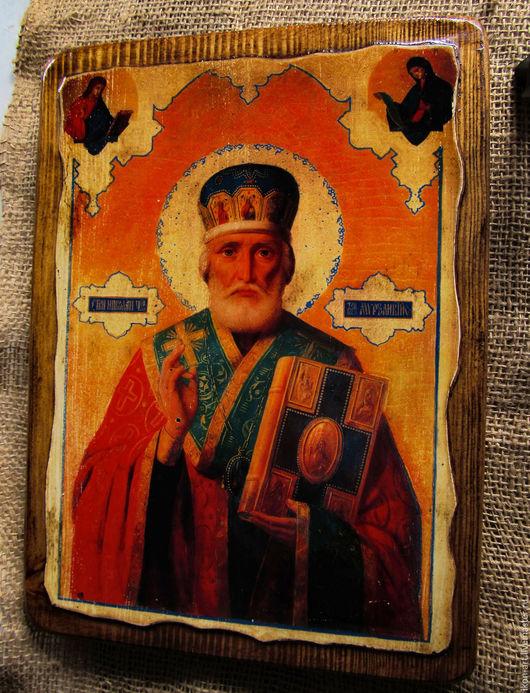 Икона на дереве святителя Николая ручной работы.