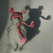 """Куклы и игрушки ручной работы. Ярмарка Мастеров - ручная работа """"В ожидании снега..."""" вязаная мышь игрушка. Handmade."""