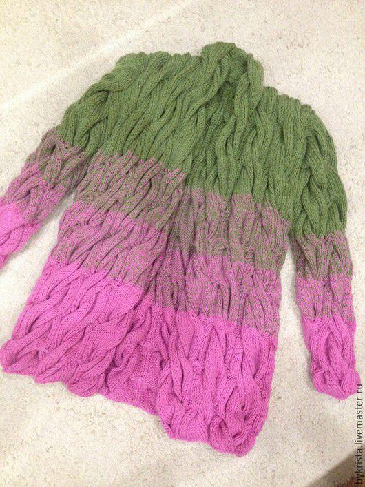 Кофты и свитера ручной работы. Ярмарка Мастеров - ручная работа. Купить Вязаный кардиган(косы). Handmade. Фуксия, абстрактный, кардиган