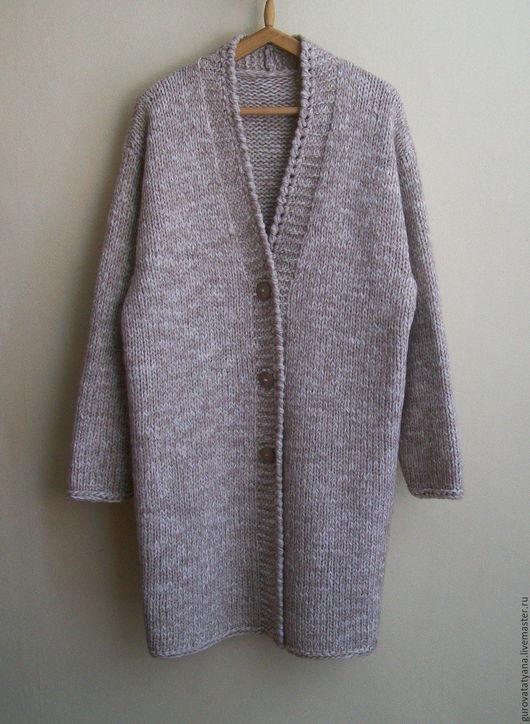 Кофты и свитера ручной работы. Ярмарка Мастеров - ручная работа. Купить Кардиган вязаный теплый длинный бежевый меланж из пряжи Италии. Handmade.