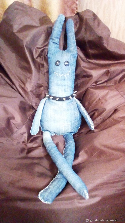 `Кракозябра`, тотемная игрушка ручной работы.