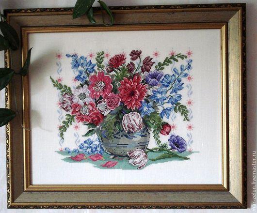 Картины цветов ручной работы. Ярмарка Мастеров - ручная работа. Купить Букет (ручная вышивка). Handmade. Разноцветный, ваза с цветами