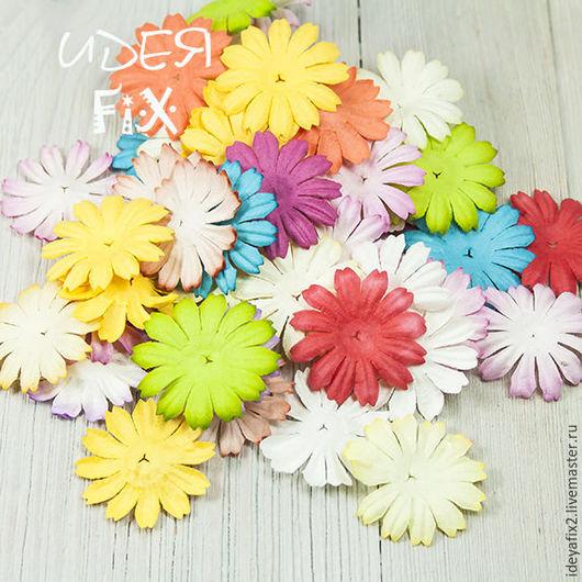 Цена указана за набор из 10 цветочков. Диаметр цветочка - 2,5 см.