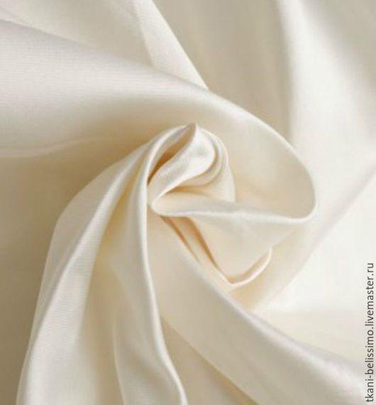 Тафта шелковая. Производство Италия. Ширина ткани - 145 см. Состав ткани - 100% SE Стоимость 20$ за погонный метр