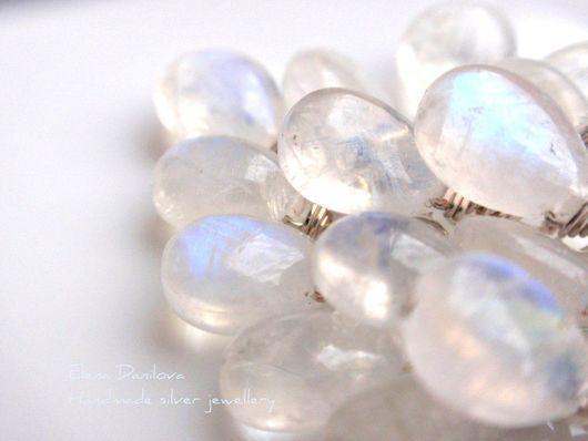 """Серьги ручной работы. Ярмарка Мастеров - ручная работа. Купить Серьги """"Волшебный лед"""". Лунный камень, серебро. Handmade. Белый"""
