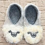 """Обувь ручной работы. Ярмарка Мастеров - ручная работа Домашние тапочки """"Овечки"""". Handmade."""